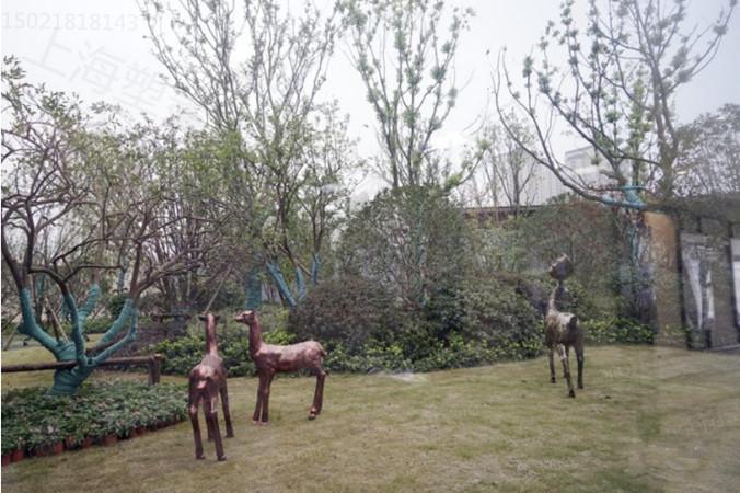 丰台城市规划 玻璃钢仿铜鹿雕塑 青铜环境艺术摆件