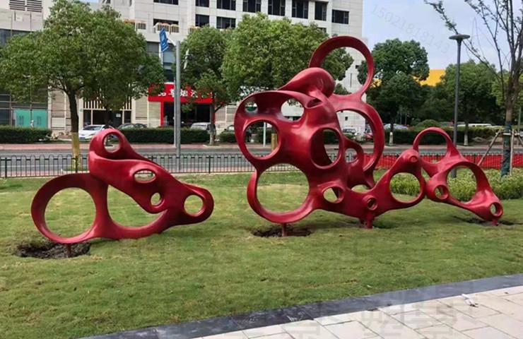 大同小型广场景观雕塑 不锈钢镜面透雕工厂定制